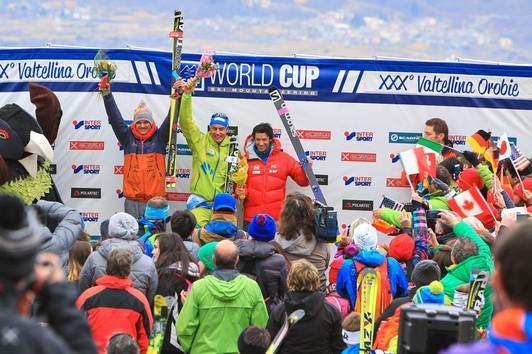 Toni Palzer holt sich den dritten Platz hinter den zeitgleichen Michele Boscacci (ITA) und Kilian Jornet (SPA).