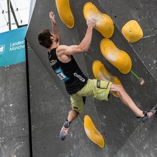 Jan Hojer beim Boulderweltcup München 2017. Fotocredit: DAV/Nils Noell