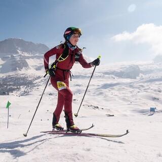 Antonia Niedermaier beim Anstieg auf den Monte Spinale - Foto: Nils Lang