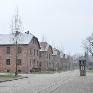 Museum Auschwitz, Hof zwischen den Blocks&#x3B; Bild: Jonas Freihart