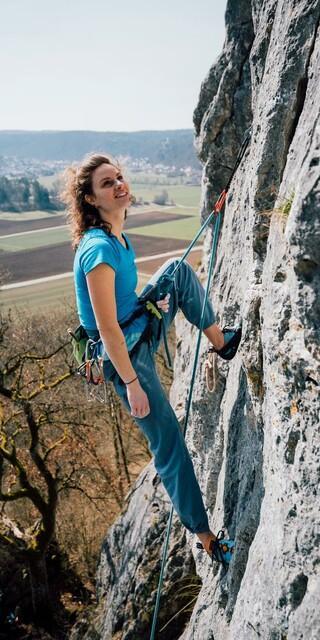 Pandemiebedingte Zuspitzungen sollten die Vereinbarkeit von Klettern und Naturschutz nicht gefährden. Foto: DAV/Julian Rohn
