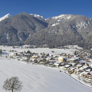 Die Gemeinde Schleching im Winter, Foto: publicdesign-fotografie.de
