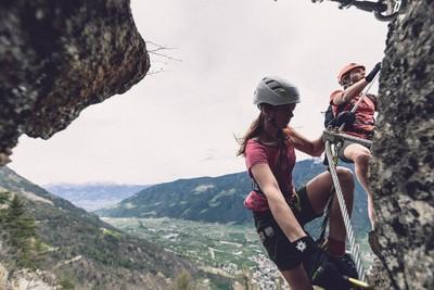 Klettersteigset Notwendig : Klettersteiggehen aktiv sein bergsport deutscher alpenverein dav