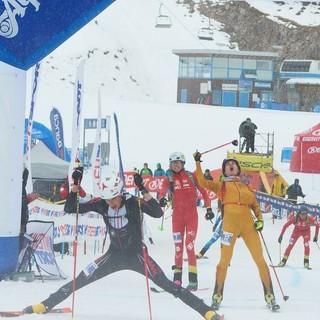 Sprint-Zieleinlauf, Toni Palzer jubelt über Silber. Foto: Willi Seebacher