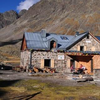 Gemütliche Einkehr auf der Winnebachseehütte, Foto: Archiv DAV
