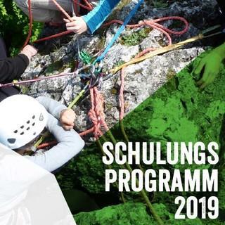 Cover Schulungsprogramm 2019