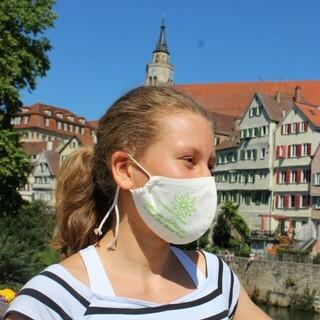 FSJ-lerin Annik mit dem Maultäschle, Foto: DAV Sektion Tübingen
