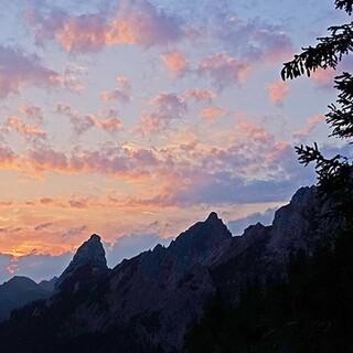 Sonnenaufgang am Brandnergraben/Maximiliansweg. Foto: Klaus Gräbe