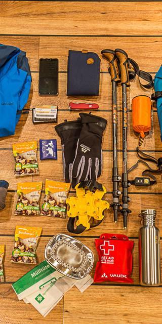 Was kommt alles in den Rucksack und wie wird er richtig gepackt? Foto: Franz Güntner