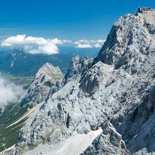Über 2000 Meter beträgt der Höhenunterschied zwischen Gipfel und Tal, Foto: Jörg Bodenbender