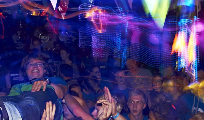 Party - Ungebremstes Feiern am Samstagabend. (c) Ben Spengler
