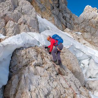 Welt im Wandel: Der schwindende Dachsteingletscher gibt immer mehr Fels frei. Foto: Iris Kürschner