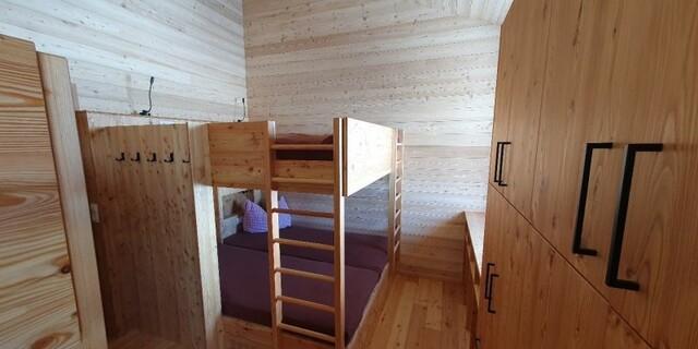 Zum Wohlfühlen - Die neuen Achter-Lager mit Duschen und Toiletten auf der Etage, Foto: Monika Tabernig