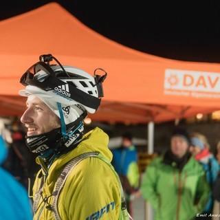 Sprint am Freitagabend: Mit Stirnlampe unterwegs. Foto: Emil Anwander