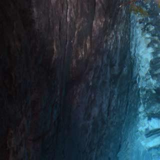 An der Quelle der Soca - Hort der Nymphen: Bei sommerlich tiefem Wasserstand zeigt die Soca ihren Spiegel, Foto: Andi Dick