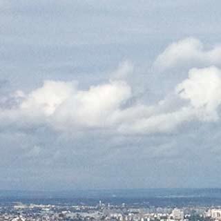 Höhenflug über Paris: der Eiffelturm als Siegessymbol, Foto: Korbian Franck
