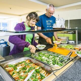 Jubi - Salatbuffet; Foto: Jubiarchiv, Simon Toplak