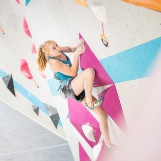 Lucia Dörffel (SBB) holte 2019 gleich zwei Meistertitel – unter anderem den im Bouldern. Foto: DAV/Thomas Schermer