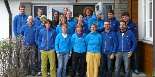 Bundeslehrteam Jugend in ME-Ausstattung, Foto: Archiv JDAV