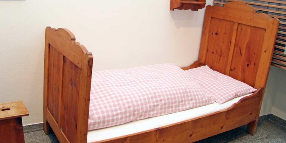 Auf den Hütten spiegelte sich das gesellschaftliche Leben wider: Die höhere Schicht schlief in Zimmern mit Federbetten, für die Führer und die Wirte gab es Heulager unterm Dach. Foto: Christine Frühholz