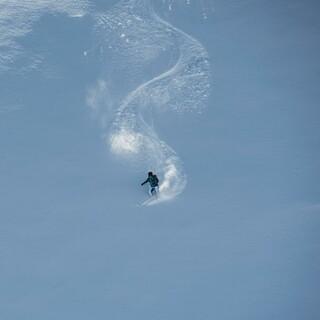 Bergsport im Winter ist anders als im Sommer. Besonders Lawinen können gefährlich werden. Foto: DAV/Daniel Hug