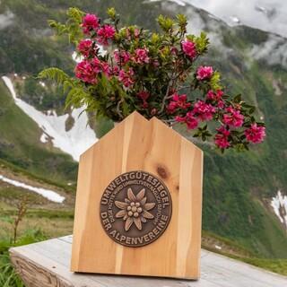 Umweltgütesiegel Kaltenberghütte HOMEPAGE-Alpenrosenausfahrt-158-04.Juli-2021-Helmut Kober