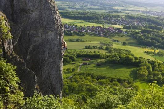 Klettern Frankenjura ©Bernhard Thum