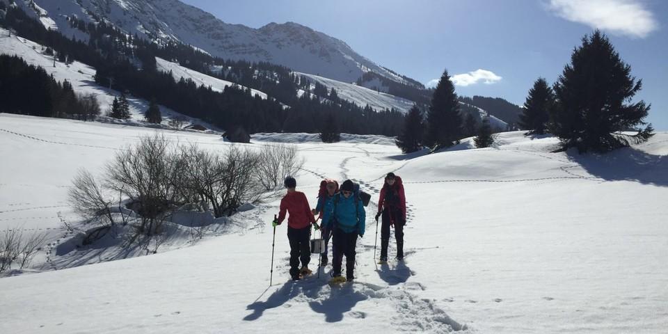 Schneeschuh, Foto: Jubi/ Heidi Harder