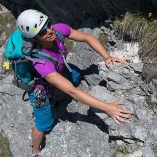 Wer's mag, hat a Freud. Alpines Ambiente am Einstieg der Rotflüh Alten Südwand braucht nicht zu schrecken. Foto: Christian Pfanzelt
