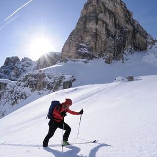 Die Tour auf die Östliche Puezspitze ist besonders für konditionsstarke Tourengeherinnen ein Traum. Foto: Stefan Herbke