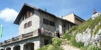 Bad Kissinger Hütte - Die Bad Kissinger Hütte in den Allgäuer Alpen wurde um einen Holzanbau erweitert. Die Hütte erhielt damit zeitgemäße Übernachtungsmöglichkeiten und eine komplett verbesserte Hütteninfrastruktur.