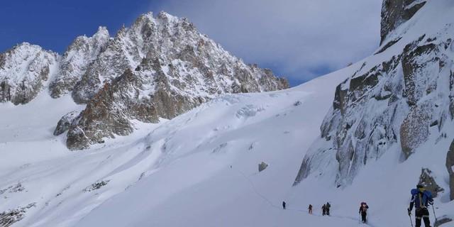 Rauf ins Alpine: Gletscheranstieg zum Col du Chardonnet, Foto: Stefan Herbke