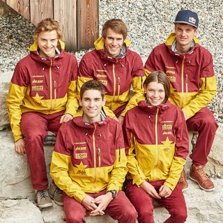 Das fünfköpfige DAV-Nationalteam erstmals mit der Allgäuerin Tessa Wötzel . Foto: DAV/Seebacher