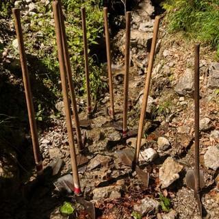 Aktion  Schutzwald - Die Geräte warten auf ihren Einsatz, Foto: DAV/Arvid Uhlig