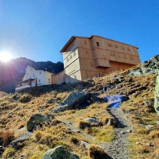 Der neue Anbau an die Neue Regensburger Hütte, Foto: Martina Ofer