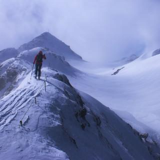 Nicht nur über die Hochplatte (Ammergauer Alpen) fegte gestern ein heftiger März-Sturm. Foto: M. Pröttel