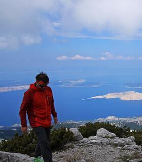 Blick vom Gipfel des Zavižan auf Krk und weitere Inseln der Kvarner Bucht. Foto: Silvia Schmid