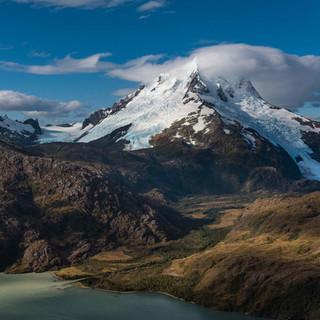 DAV-Kalender-Welt-der-Berge-2018-Titel