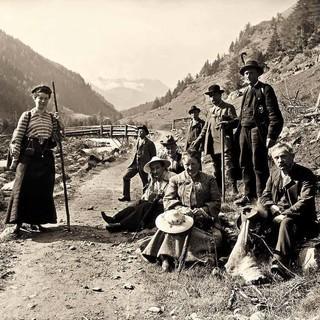 Wanderer bei der Rast um 1900, Foto: DAV-Archiv/E. Albrecht