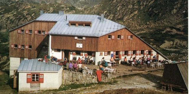 Moderne Formensprache beim Neubau der Sulzenauhütte, Ende der 1970er Jahre. Archiv des DAV, München
