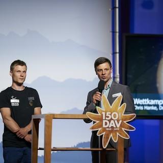 Dr. Olaf Tabor, Hauptgeschäftsführer des DAV im Gespräch mit Chris Hanke. Foto: DAV/Henning Schacht