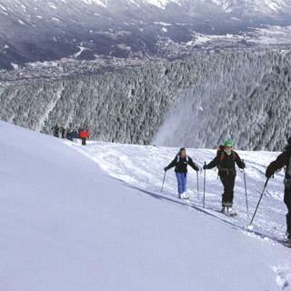 Aufstieg Pistenrand Axamer Lizum Skitour