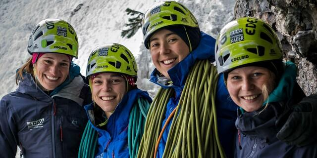 Raphaela mit ihren Teampartnerinnen. Foto: DAV / Dörte Pietron