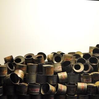 Museum Auschwitz: Zyklon B-Granulatdosen&#x3B; (c) Jonas Freihart