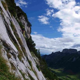 Klettern am Fels. Foto: Ben Miroux