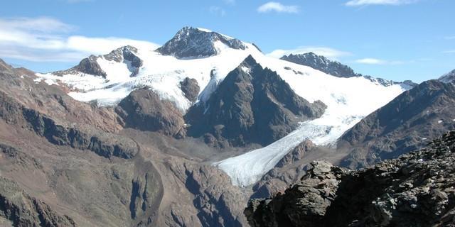 Bergsteigerdorf Matsch: Hausberg Weißkugel in den Ötztaler Alpen (Foto: Heinrich Moriggl)