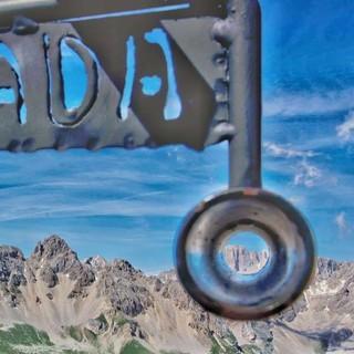 """Parade-Aussicht vom """"Balcone Panoramico"""" am Col Margherita: nicht nur die """"Königin der Dolomiten"""", die Marmolada, hat man von hier im Blick. Foto: Joachim Chwaszcza"""