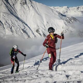 Tatjana Paller beim Aufstieg auf 2060m - Foto: ISMF/Maurizio Torri