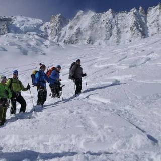 Auftakt nach Maß: Tiefschneeabfahrt von der Grands Montets, Foto: Stefan Herbke