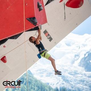 Alex Megos hangelt sich auf den dritten Platz (Foto: Eddie Fowke / TheCircuitClimbing)